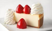 7月30日はチーズケーキデー、Cheescake Factoryチーズケーキを半額で販売